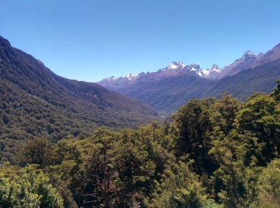 Road Trip En Nouvelle Zélande - Paysage Aux Alentours De Milford Sound-min