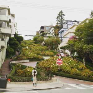 russian-hill-lombard-street