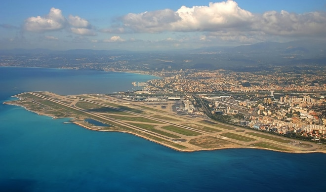 aeroport nice mer méditerranée