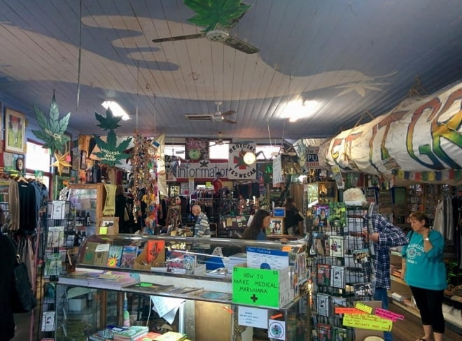 Nimbin-hippies-shop