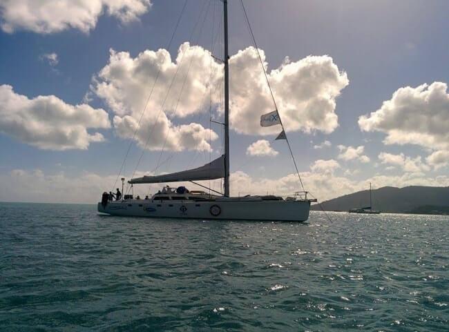 bateau croisiere airlie beach australie