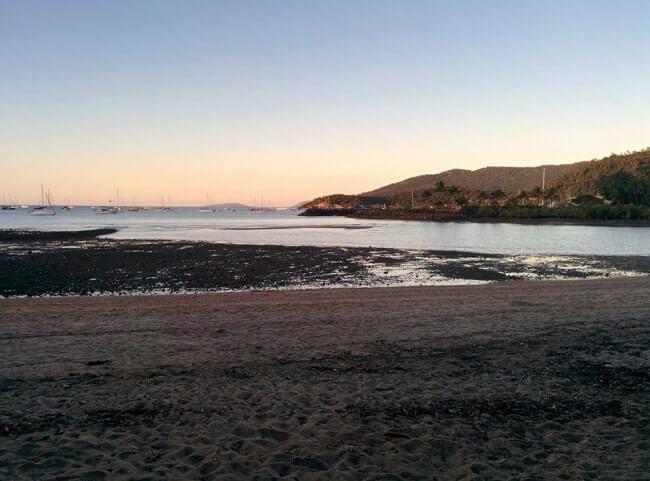 coucher de soleil airlie beach