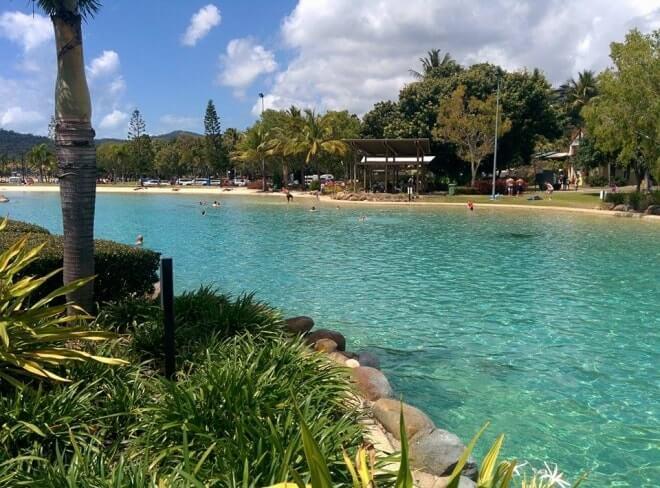 lagoon airlie beach australie