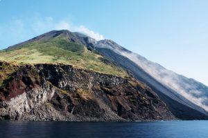 stromboli en eruption