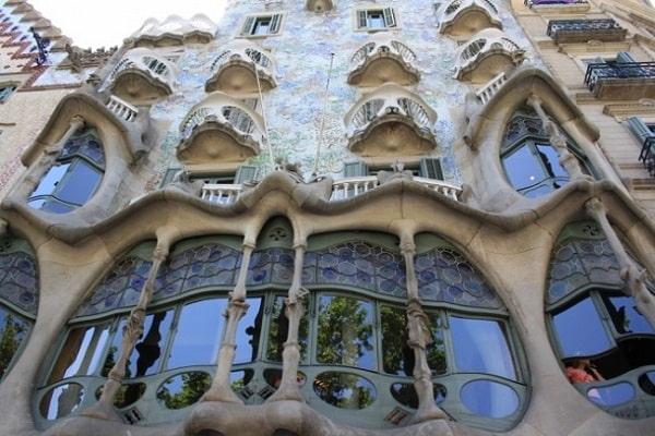 Casa-Batlló-Barcelone-croisiére-en-méditérannée-min