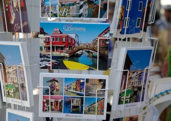 Visiter une ville - technique de la carte postale