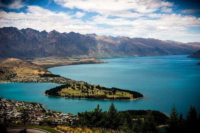Queenstown, Nouvelle-Zélande – Capitale mondiale des sports extrêmes 🚠