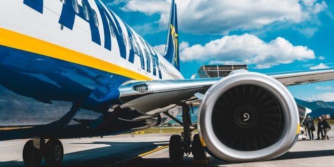 Vol annulé, avion en retard, grève : comment faire face aux imprévus ?