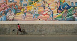 Fresque célébrant la culture capverdienne à Mindelo (Sao Vicente)