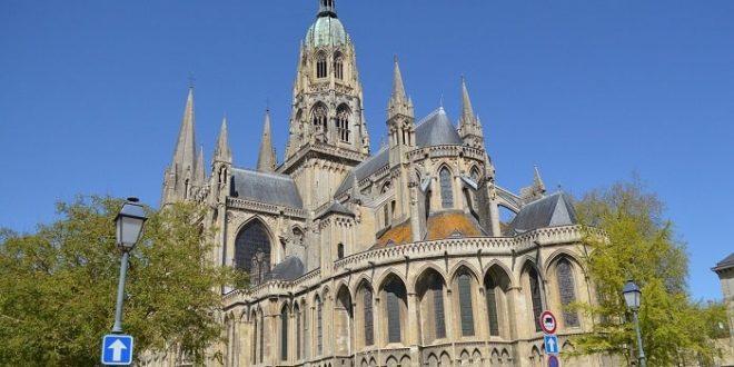 Les monuments incontournables à visiter en Haute-Normandie