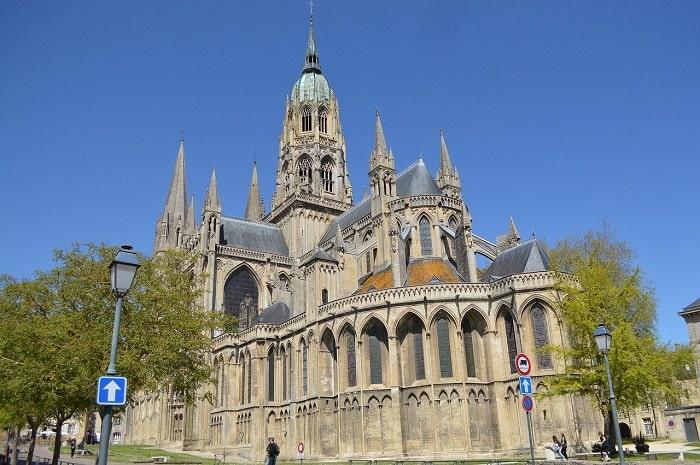 La cathédrale de Bayeux et sa tapisserie